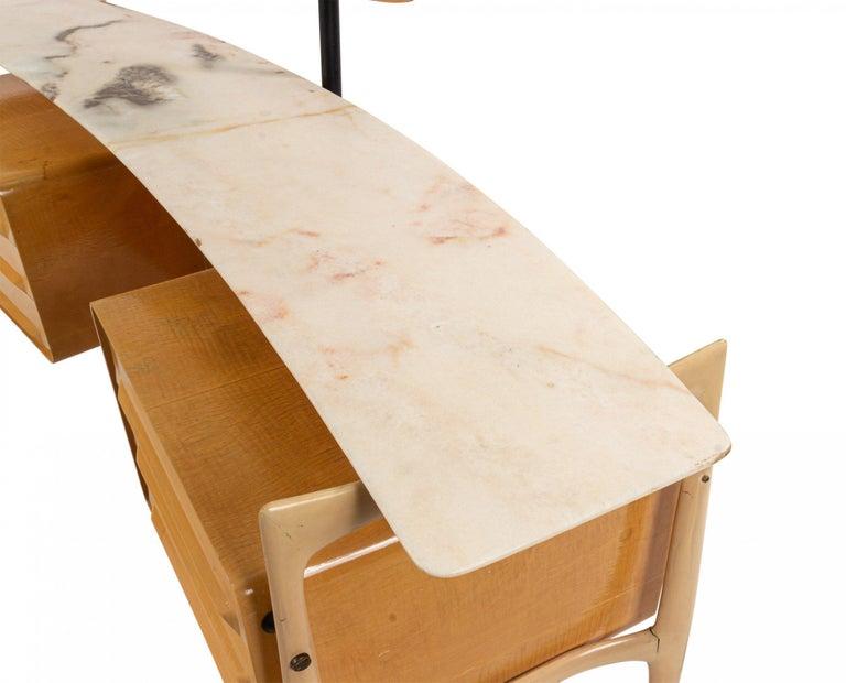 20th Century Midcentury Italian Silvio Cavatorta Maple Wood Vanity and Mirror For Sale