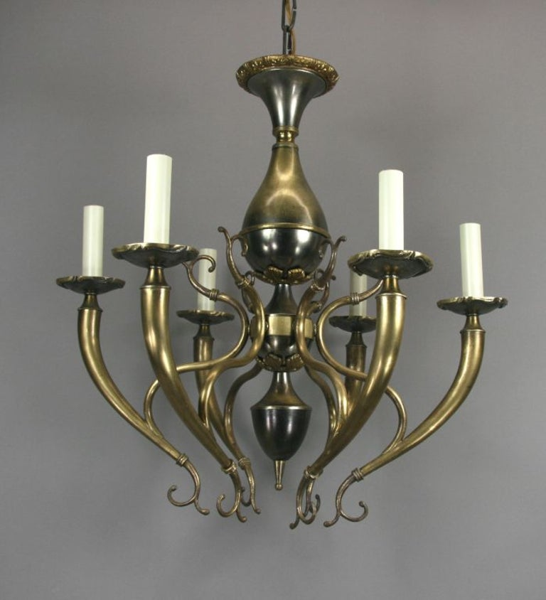 Midcentury Italian Two-Tone Chandelier In Good Condition For Sale In Douglas Manor, NY