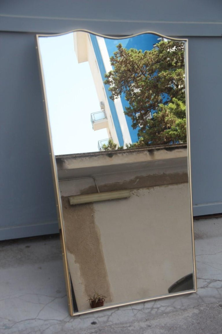 Midcentury Italian Wall Mirror with Corrugated Brass Frame Gold 1950 Horizontal For Sale 1