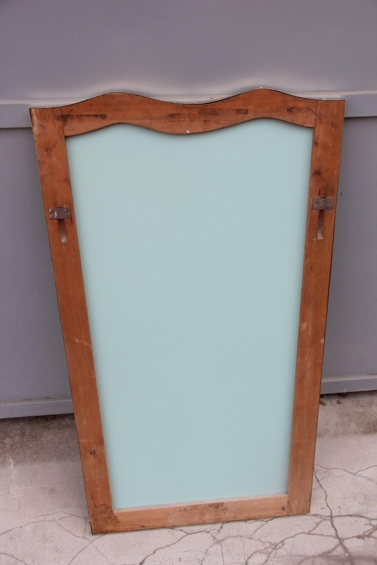 Midcentury Italian Wall Mirror with Corrugated Brass Frame Gold 1950 Horizontal For Sale 5
