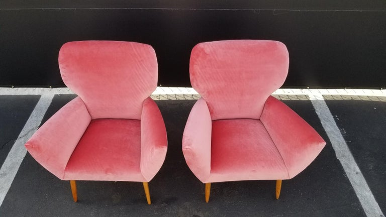 1950s midcentury wing chairs in style of Gio Ponti. Reupholster in new rose velvet.