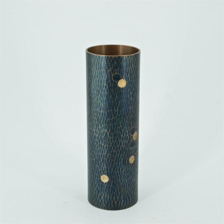 Arts and Crafts Midcentury Japanese Bronze Hammered Polka-Dotted Vase Meiji Nanbu Cabin Modern For Sale