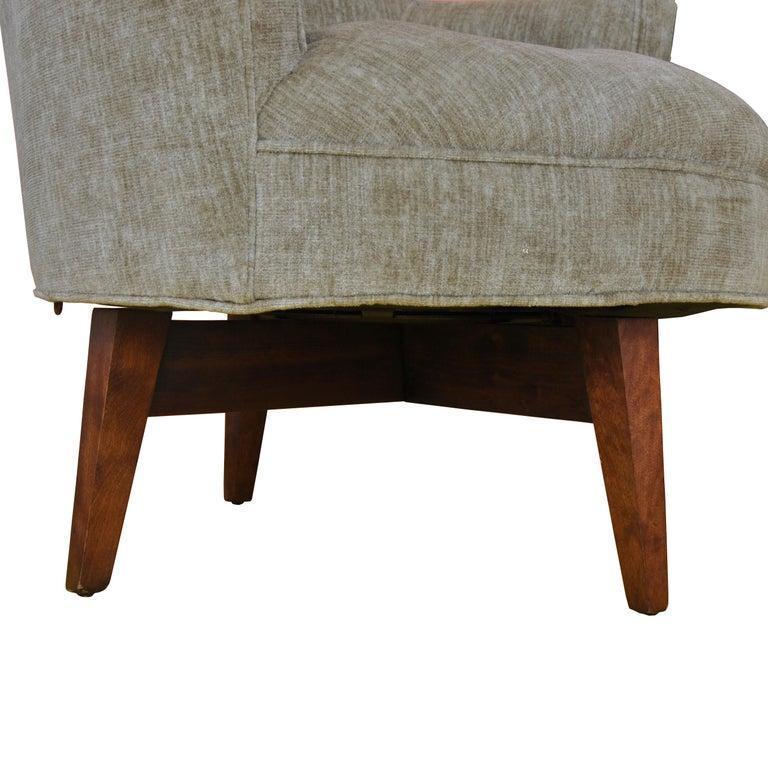 Walnut Midcentury Jens Risom Style Swivel Lounge Chair For Sale