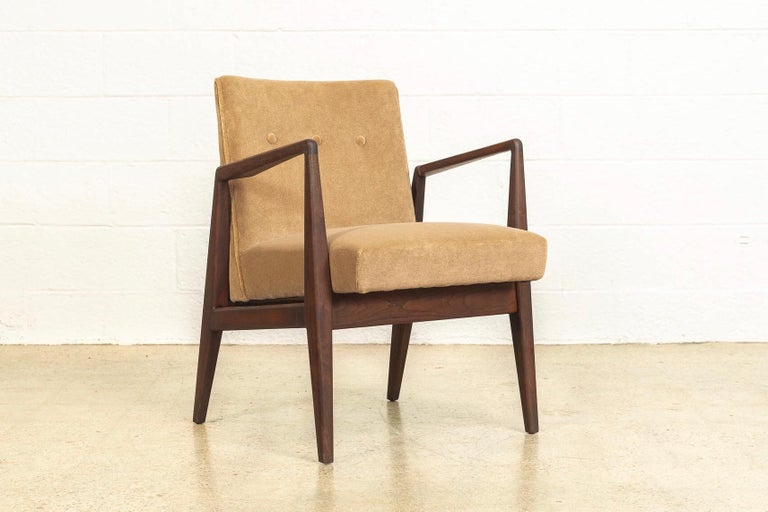 American Midcentury Jens Risom Walnut Wood and Upholstered Lounge Armchairs, a Pair For Sale