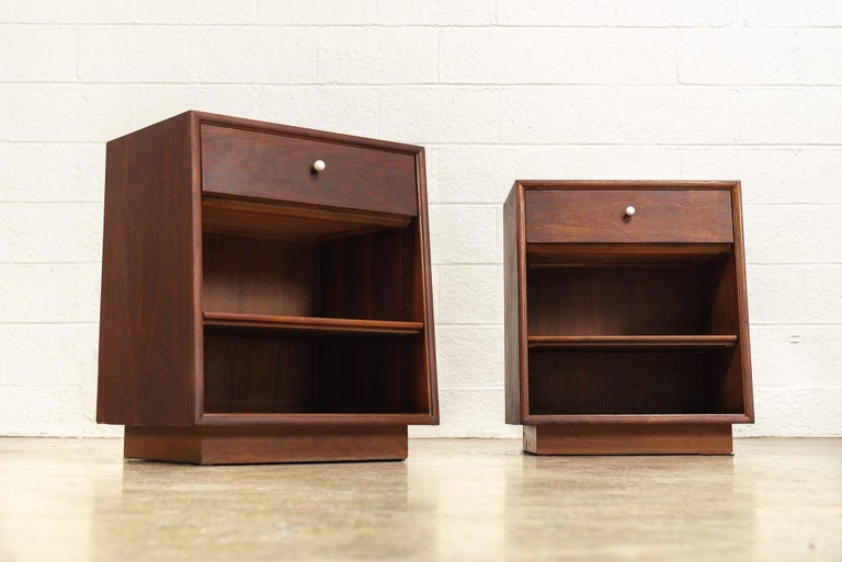 Mid-20th Century Midcentury Kipp Stewart for Drexel Declaration Wood Nightstand Tables, a Pair For Sale
