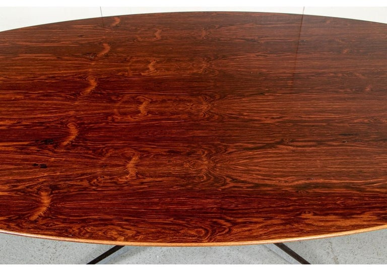 Midcentury Knoll International Oval Zebra Wood Dining/ Conference Table In Good Condition For Sale In Bridgeport, CT