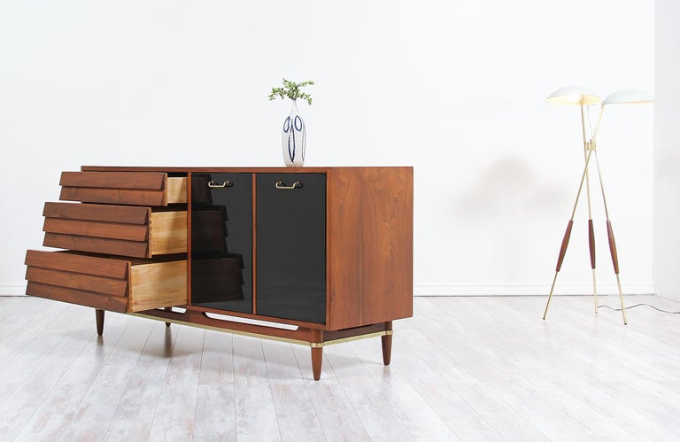 Midcentury Lacquered and Walnut Dresser by Merton Gershun In Excellent Condition In Los Angeles, CA
