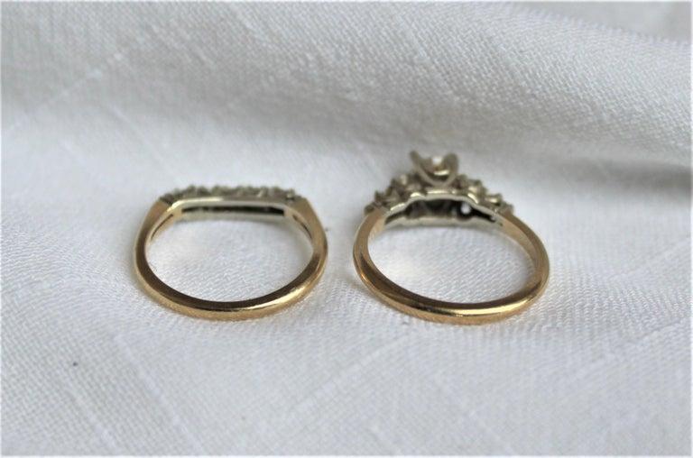 Mid Century Ladies 14-Karat Yellow & White Gold & Diamond Wedding Ring Set In Good Condition For Sale In Hamilton, Ontario
