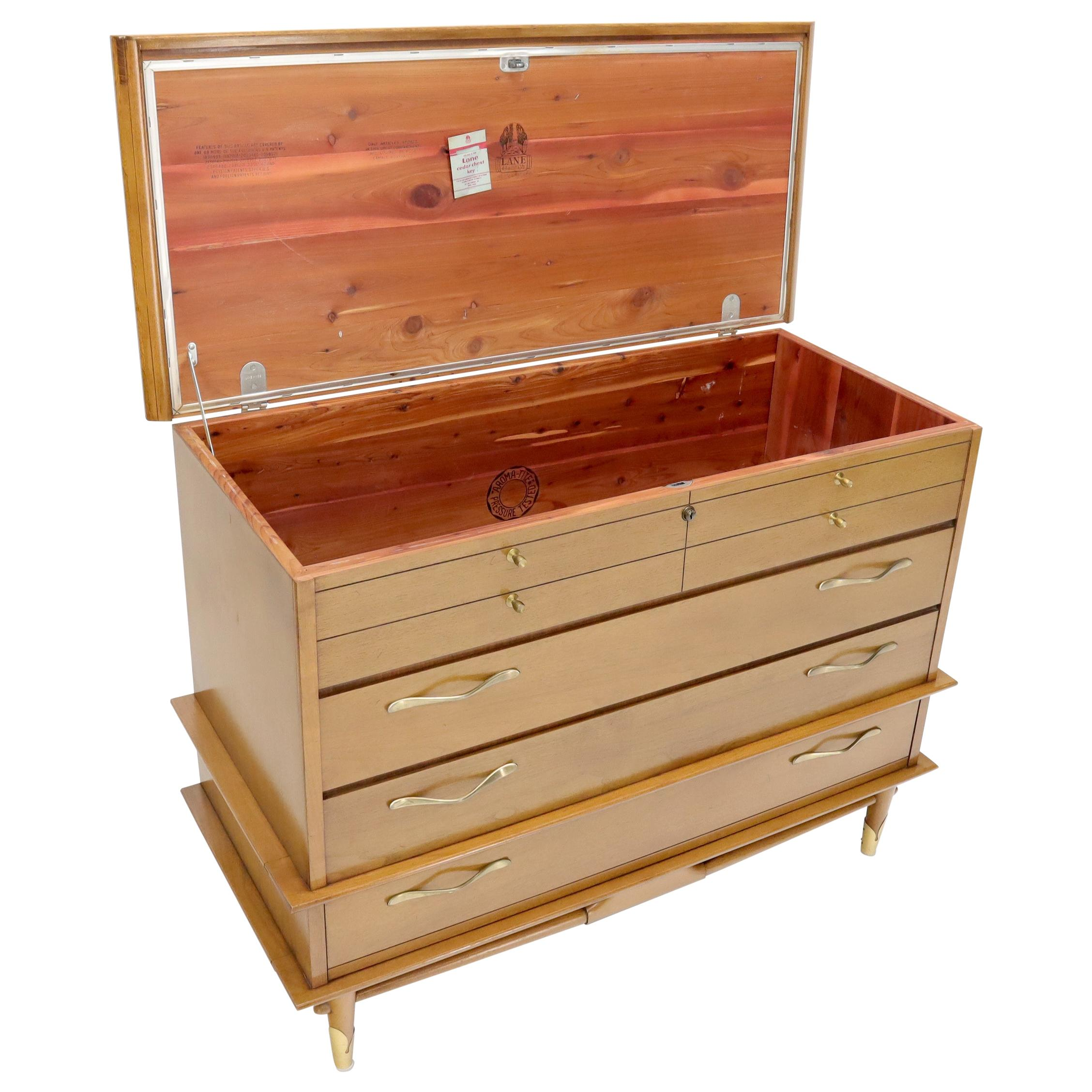 Midcentury Lane Cedar Hope Chest One Drawer Dresser