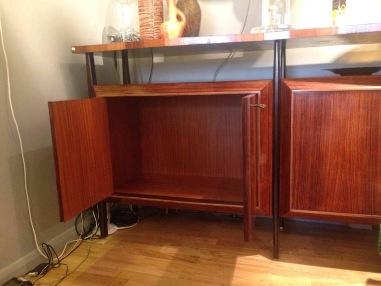 Midcentury Large Italian Credenza in Three Sections Indian Cherry and Rosewood For Sale 4