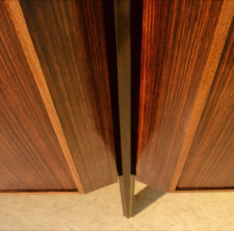 Wood Midcentury Large Italian Credenza in Three Sections Indian Cherry and Rosewood For Sale
