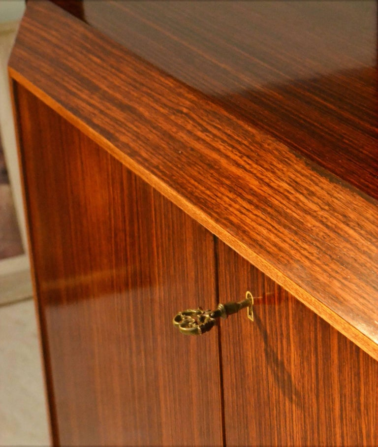 Midcentury Large Italian Credenza in Three Sections Indian Cherry and Rosewood For Sale 1