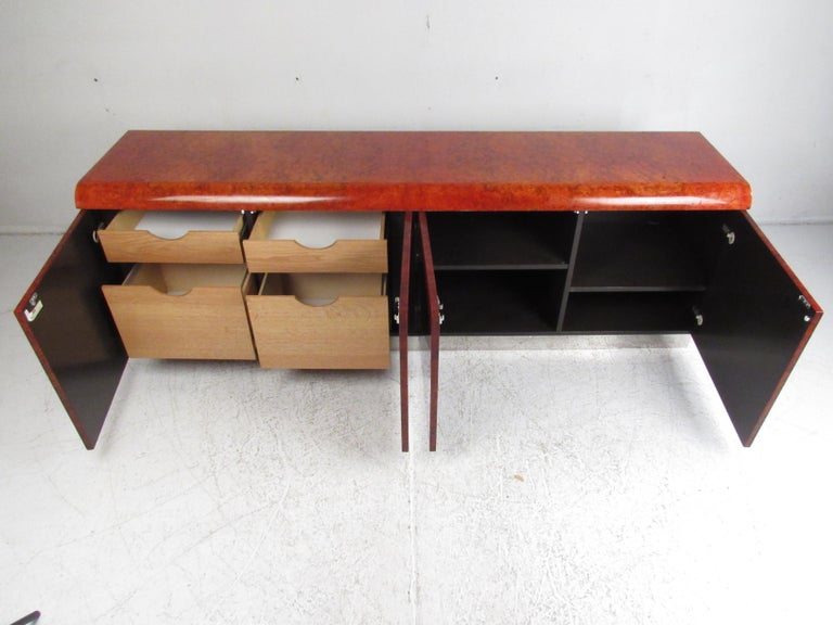 Midcentury Leon Rosen Pace Burl wood Credenza In Good Condition For Sale In Brooklyn, NY