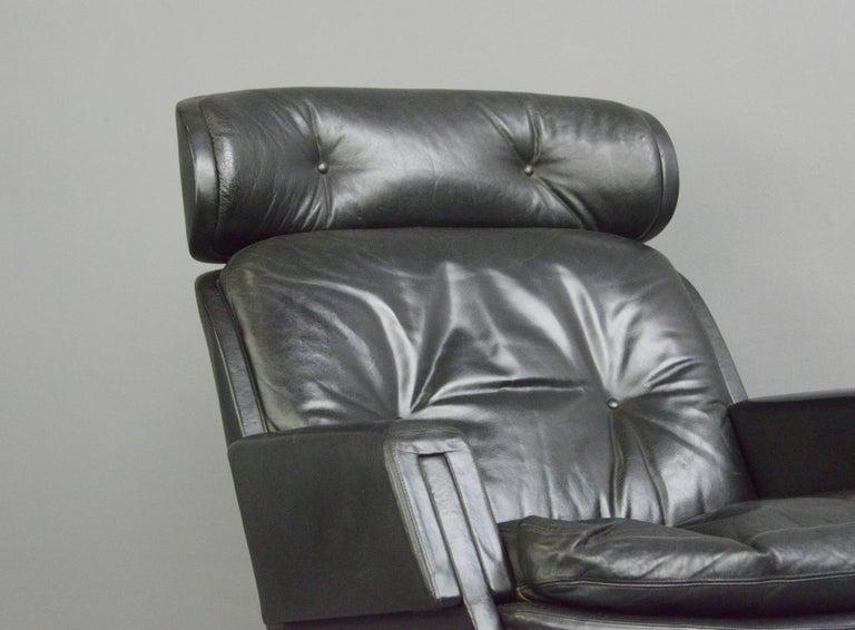 Midcentury Lounge Chair by Kurt Hvitsjö for Isku, circa 1960s For Sale 3