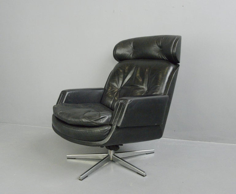 Mid-20th Century Midcentury Lounge Chair by Kurt Hvitsjö for Isku, circa 1960s For Sale