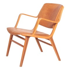Midcentury Lounge Chair in Patinated Leather by Hvidt & Mølgaard, Danish Design