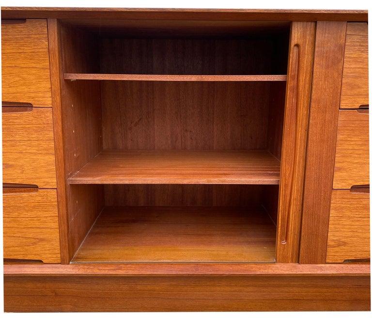 Midcentury Low Dyrlund Teak Dresser Credenza Six-Drawer For Sale 1