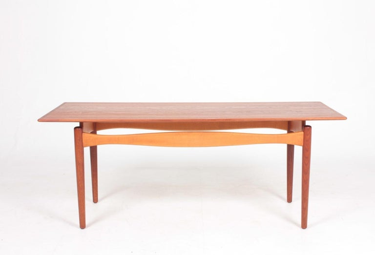 Low table in teak and beech. Designed by Maa Finn Juhl and made by Bovirke. Danish, 1950s. Great condition.