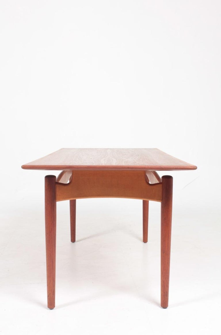 Midcentury Low Table Designed by Finn Juhl, Danish Design, 1950s For Sale 2