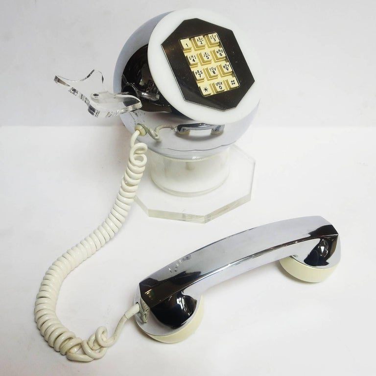 Mid-Century Modern Midcentury Lucite and Chrome Telephone by TeleConcepts Inc., 1977 For Sale