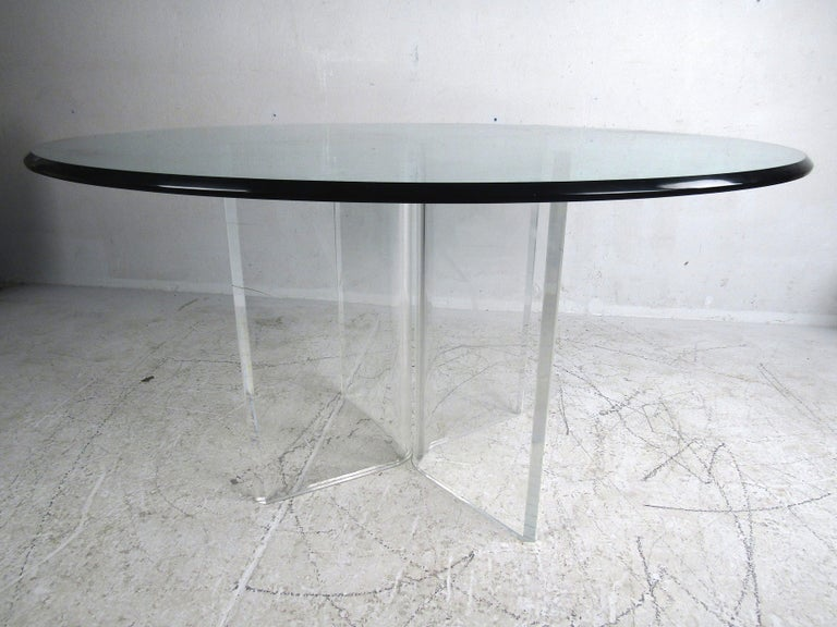 Mid-Century Modern Midcentury Lucite and Glass Dining Set For Sale