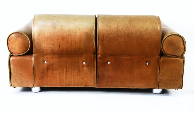 Midcentury Marzio Cecchi Italian Cognac Two-Seat Sofa Daybed Loveseat, 1960s  In Good Condition For Sale In Brooklyn, NY
