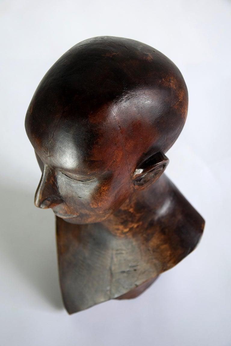 Dutch Mid-century Masculine Wooden Sculpture Testa For Sale