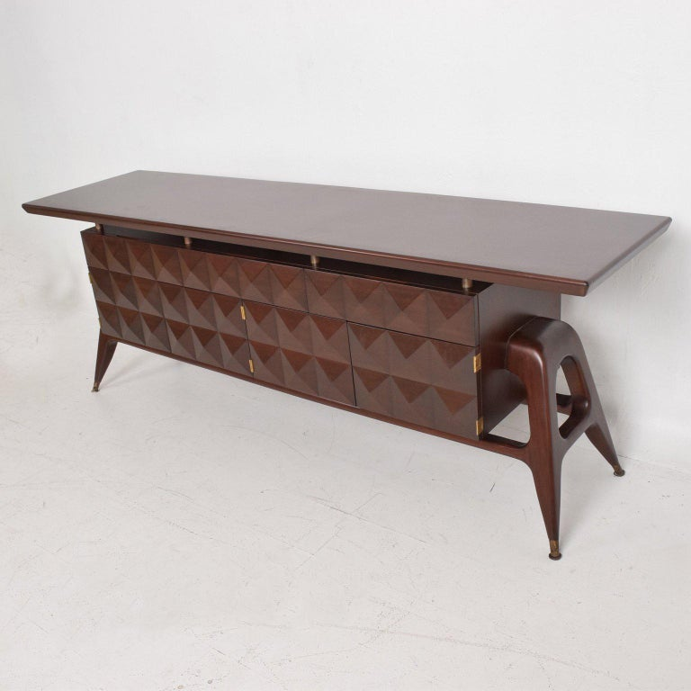 Mid-Century Mexican Modernist Mahogany Credenza For Sale 1