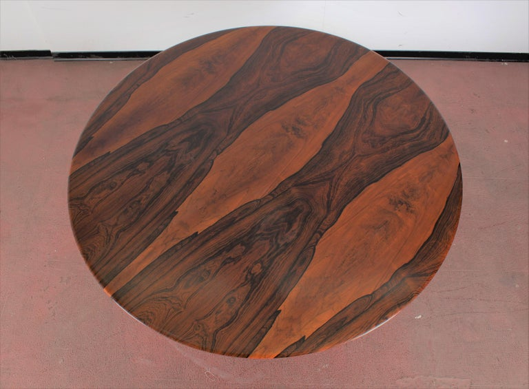 Midcentury Mod T69, Borsani for Tecno Wood and Metal Circular Table, Italy 1960s In Good Condition For Sale In Palermo, IT