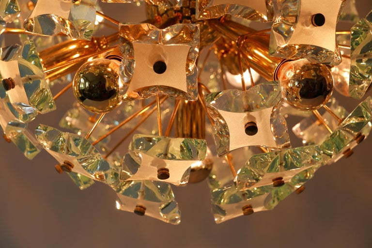 Mid-Century Modern 13-Flamed Sputnik Chandelier or Pendant Lamp Dandelion, 1960s For Sale 9