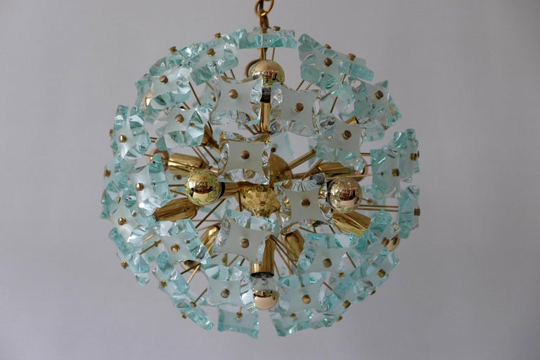 Italian Mid-Century Modern 13-Flamed Sputnik Chandelier or Pendant Lamp Dandelion, 1960s For Sale
