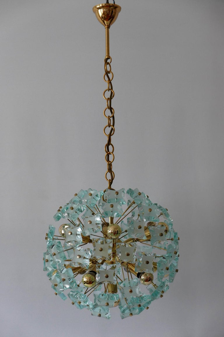 Mid-Century Modern 13-Flamed Sputnik Chandelier or Pendant Lamp Dandelion, 1960s In Good Condition For Sale In Munich, DE