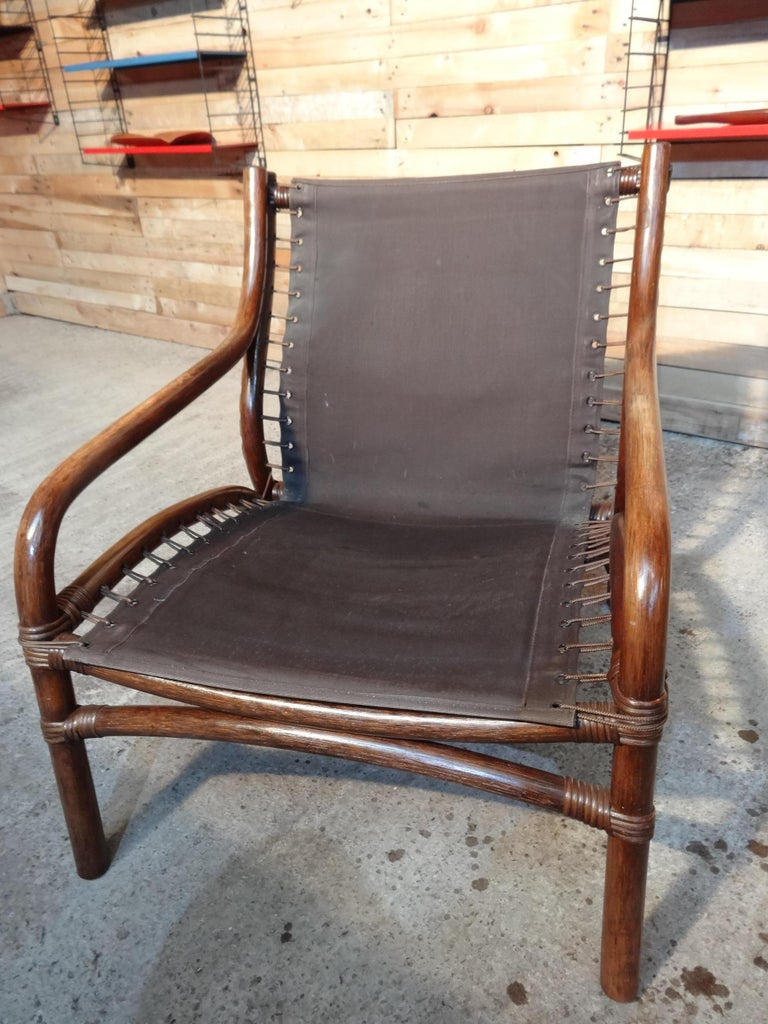 Mid-Century Modern 1960 Cane / Bamboo Designer Sling-Back Black Leather Chair For Sale 1