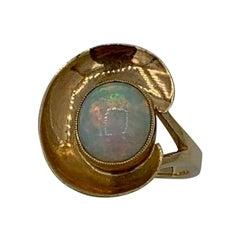 Mid-Century Modern 2 Carat Opal Ring 14 Karat Gold Eames Era Retro