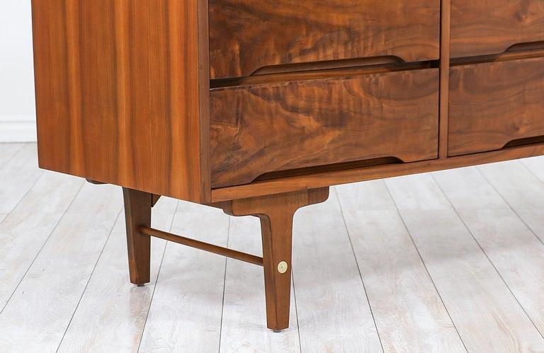 Brass Mid-Century Modern 9-Drawer Dresser by Stanley Furniture For Sale