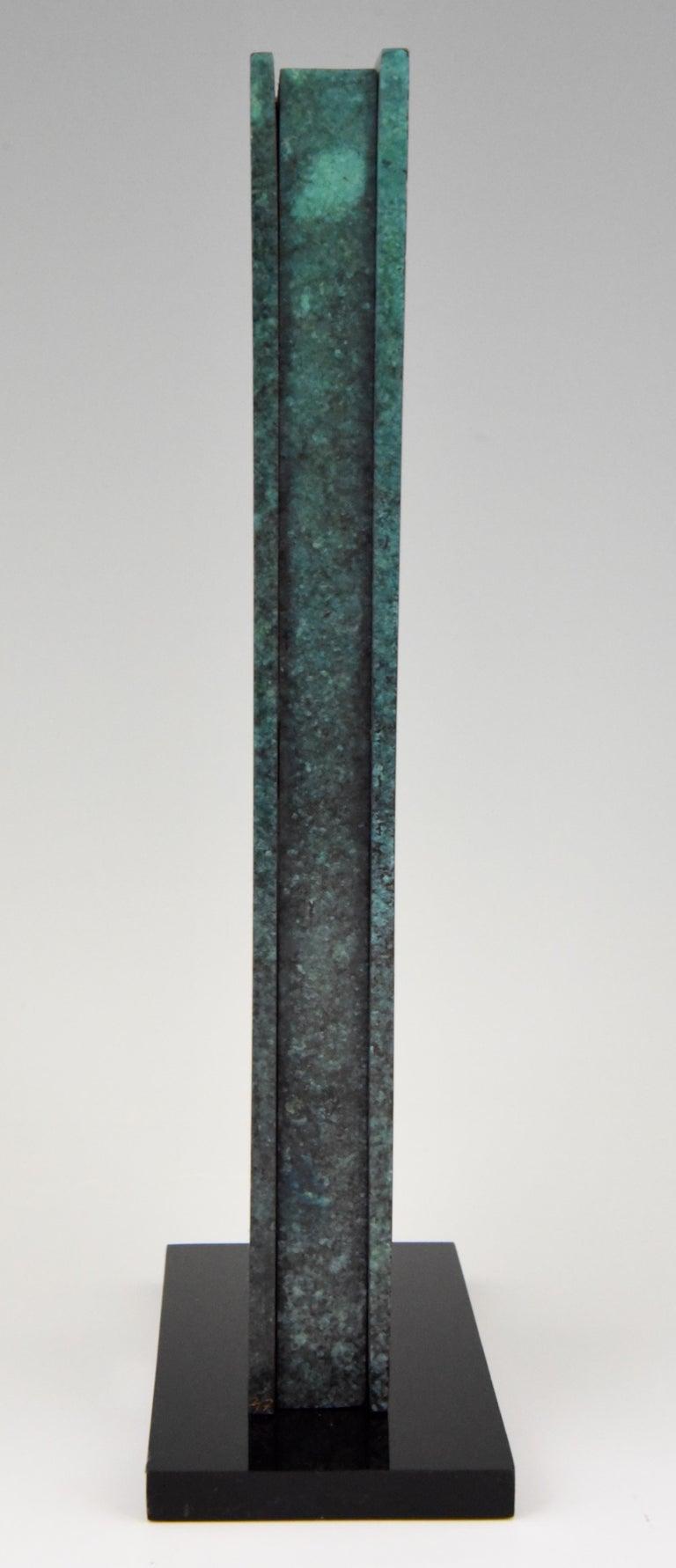 Mid-Century Modern Abstract Bronze Sculpture 1970 Felix Villamor In Good Condition For Sale In Antwerp, BE