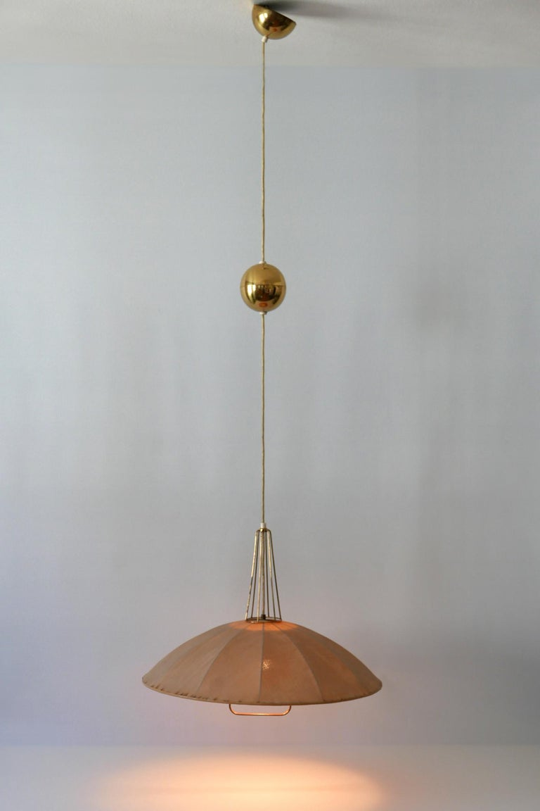 Fabric Mid-Century Modern Adjustable Counterweight Pendant Lamp or Hanging Light, 1950s For Sale