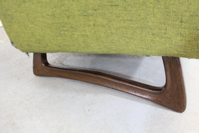 Mid-Century Modern Adrian Pearsall Sculpted Leg Lounge Chair In Fair Condition For Sale In Wilmington, DE