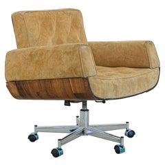 """Mid-Century Modern """"Ambassador"""" Armchair by Brazilian Design by Jorge Zalszupin"""