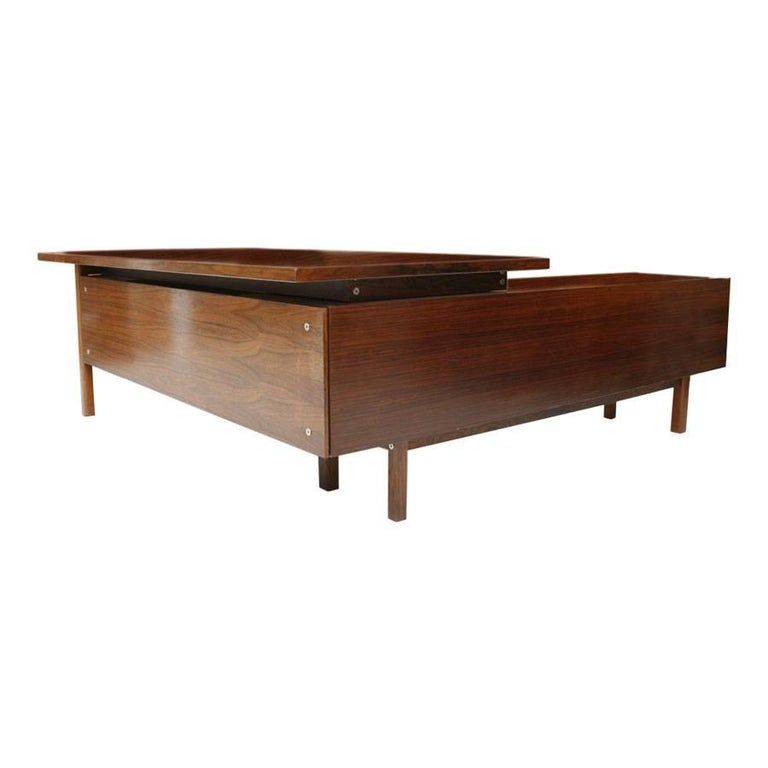 Desk with dresser designed by Arne Vodder (1926-2009) made in rosewood. Desk table with drawers and sideboard composed of drawers and shutter doors.   Arne Vodder is best known for his furniture designs, which tended to be simple pieces composed