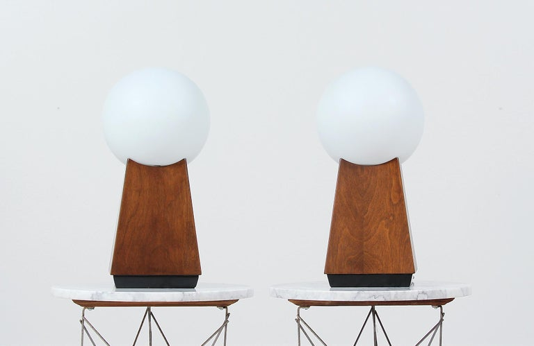Mid-20th Century Mid-Century Modern Asymmetrical Table Lamps with Frosted Globes For Sale
