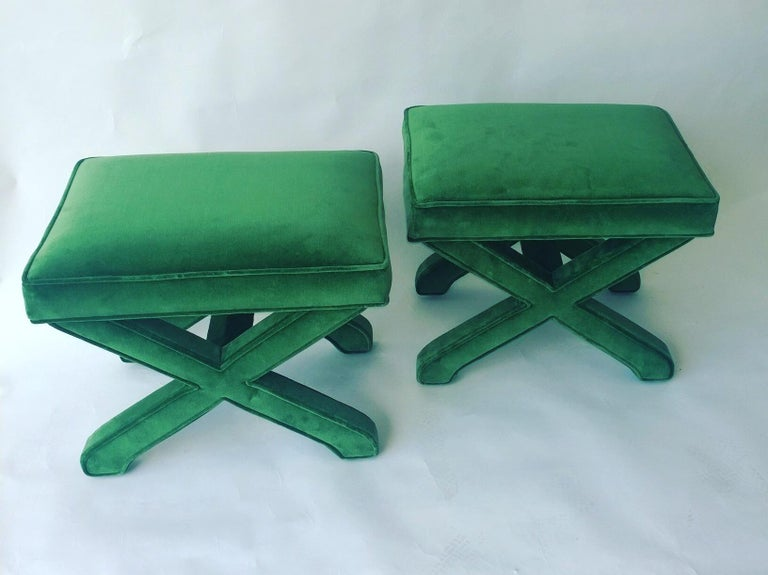 2 Mid-Century Modern Baldwin/ Baughman Style X Benches in Emerald Green Velvet In Good Condition In Houston, TX