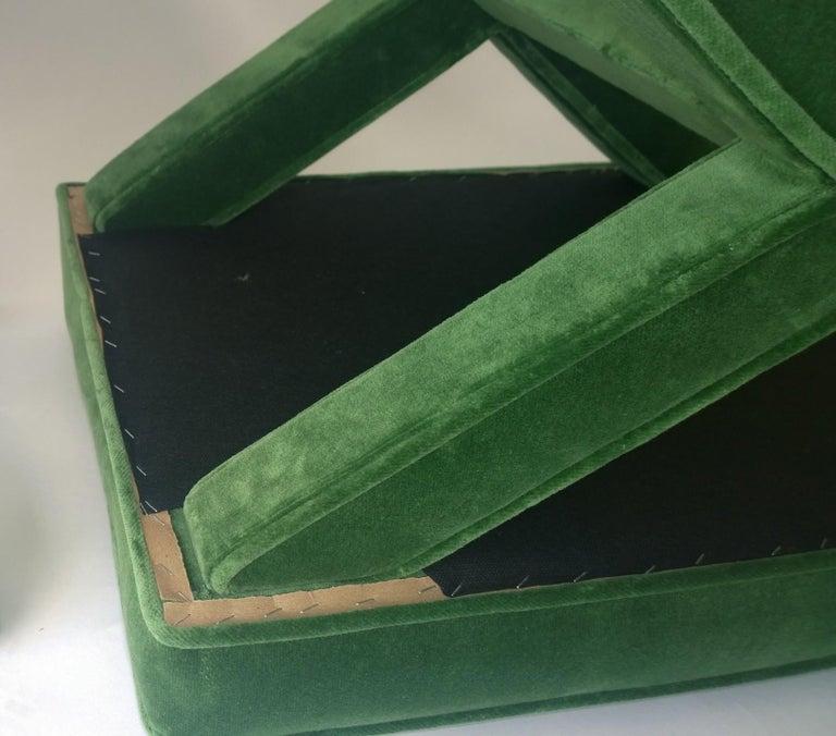 Mid-Century Modern Baldwin/ Baughman Style X Benches in Green Velvet, Pair For Sale 3