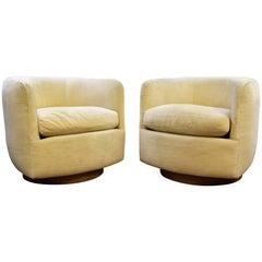 Mid-Century Modern Baughman Thayer Coggin Pair of Plinth Base Swivel Tub Chairs