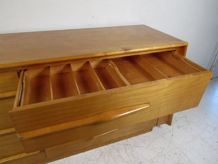 Mid-Century Modern Bedroom Set by Edmund Spence For Sale 1