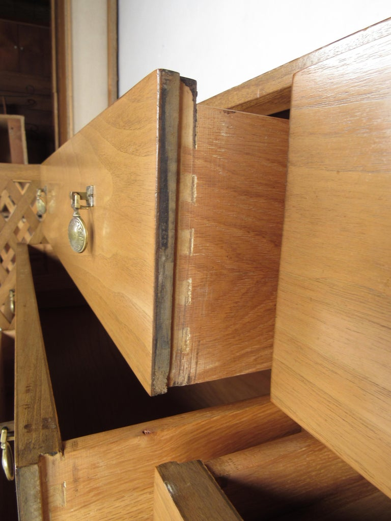 Mid-Century Modern Bedroom Set by Mount Airy For Sale 7