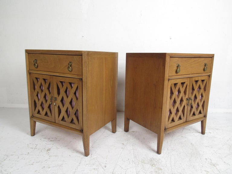 Mid-Century Modern Bedroom Set by Mount Airy In Good Condition For Sale In Brooklyn, NY