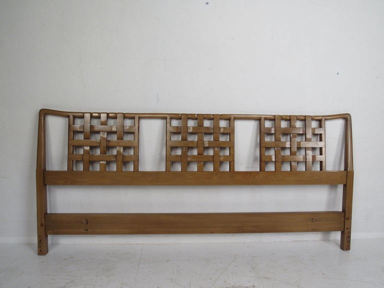 Late 20th Century Mid-Century Modern Bedroom Set by Mount Airy For Sale