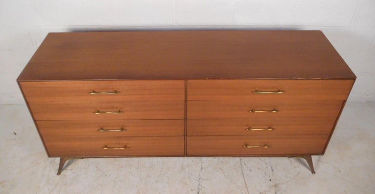 American Mid-Century Modern Bedroom Set by R-Way Furniture For Sale