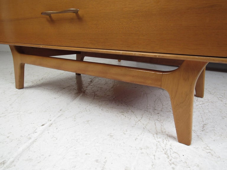 Mid-Century Modern Bedroom Suite by R-Way For Sale 11